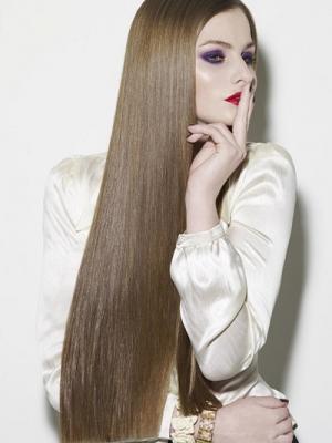 poker-straight-ladies-long-hair-style-cut-2014-trends1
