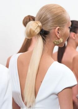 blonde-low-ponytail