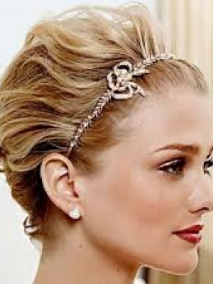 short-prom-hair-with-tiara1