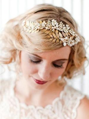 tiara-wedding-hair-hair-up-bridal-salonblonde-curls-hair-up-psd1