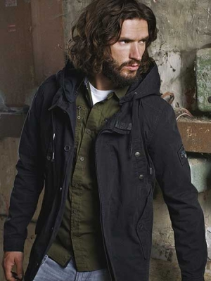 curly-long-hair-and-beard