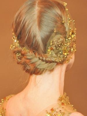 pretty-hair-accessories-party-hair