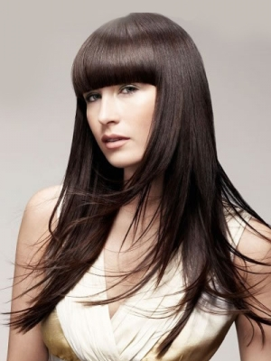 severe-fringe-long-hair-style-poker-straight-ladies-2014-trends1