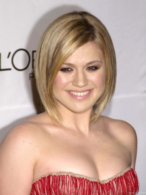 kelly-clarkson-round-face-shape-graduated-bob1