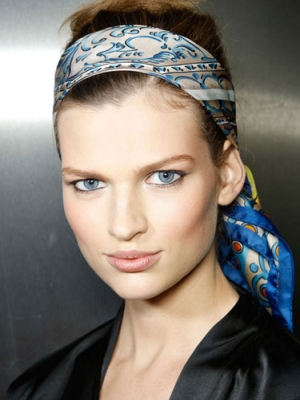 dolce-and-gabanna-hair-accessories-scarf1