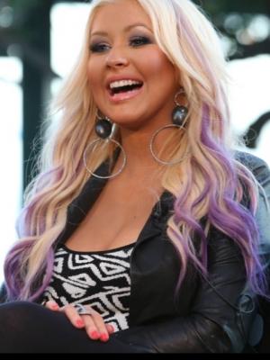 christina-aguilera-pink-hair1