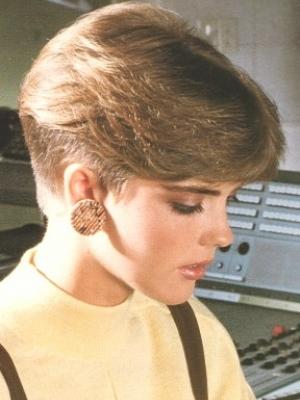 eighties-short-nape-haircut1
