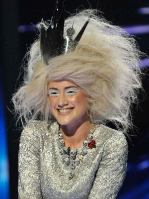 katie-waissel-halloween-hair-on-x-factor