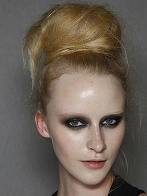 ladies-windswept-updos-hair-styles-trendy