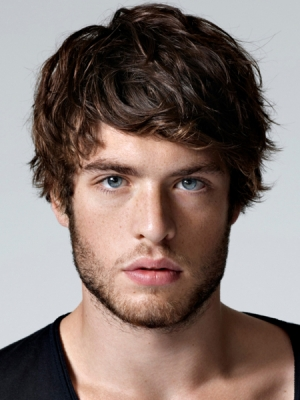 hairstyle-trends-2014-medium-length-messy-mens-hair-style-haircut1