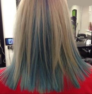 instamatic-blue-colour