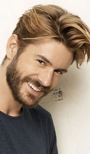mens-floppy-hairstyle-blonde