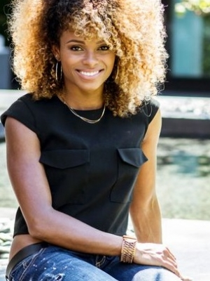 fleur-east-afro-with-blonde-ends
